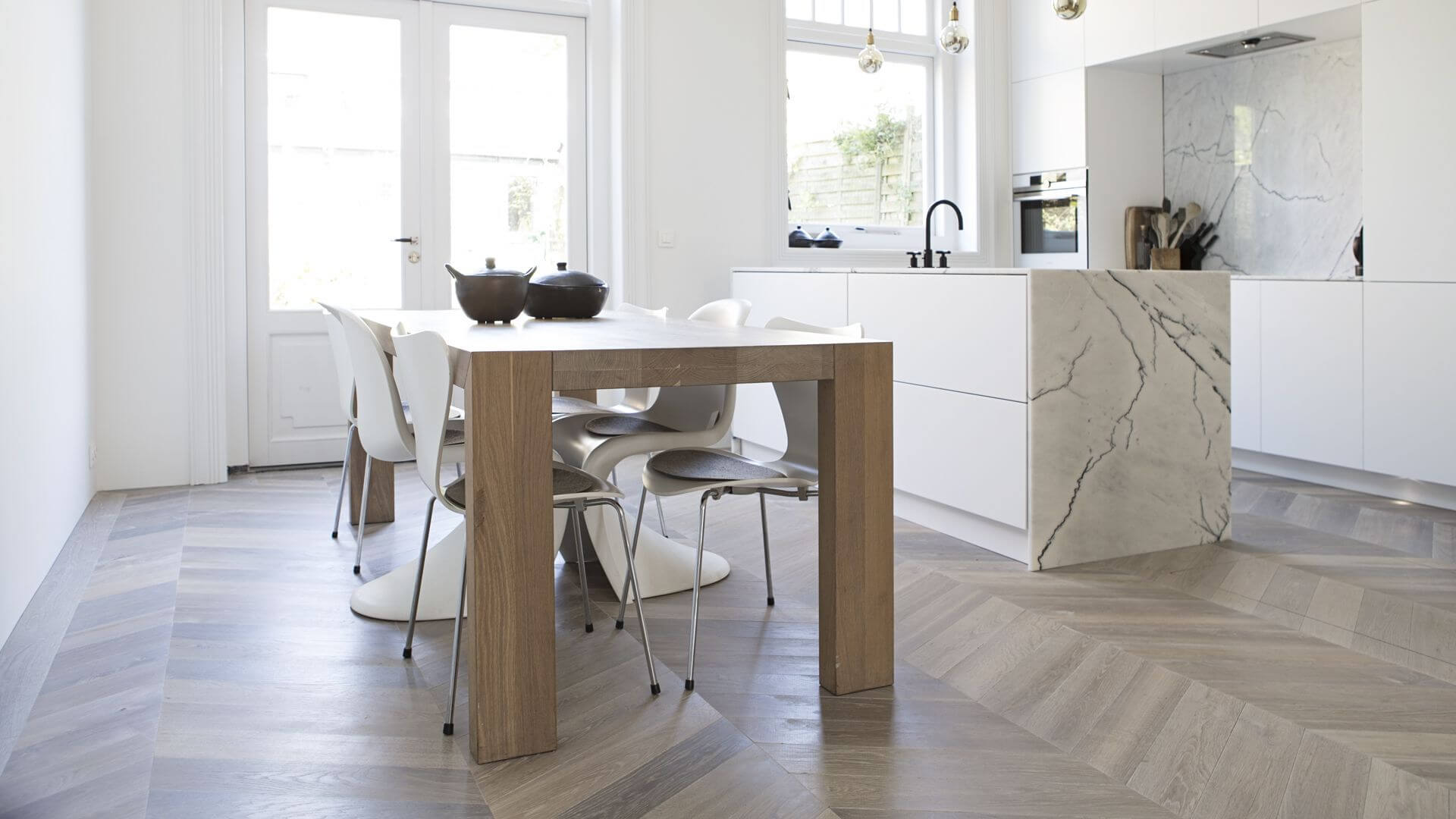 chevron parquet in the kitchen